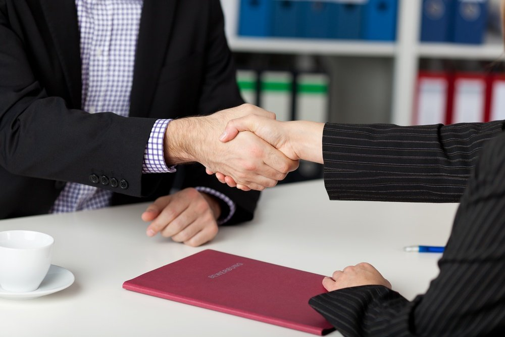 4 smart ways to increase employee retention rate in fleets