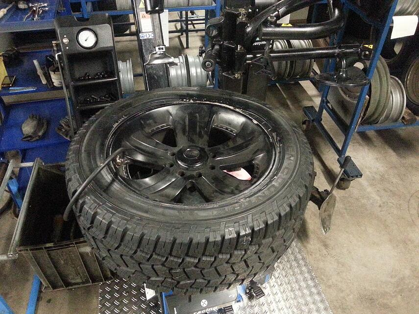 winter-tires-206991_1280