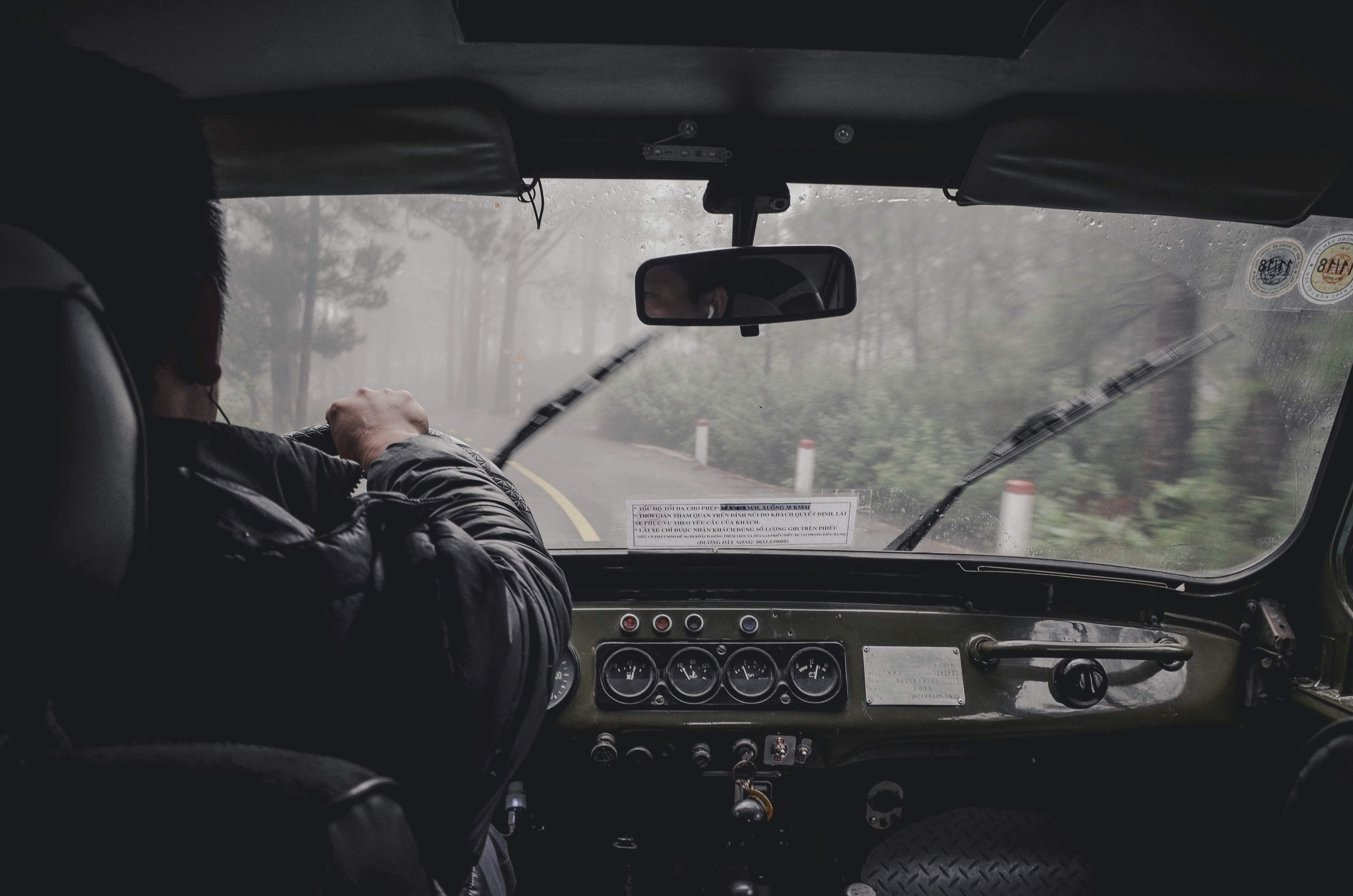 Modification de l'examen de chauffeur poids lourd au Royaume-Uni pour lutter contre la pénurie de chauffeurs