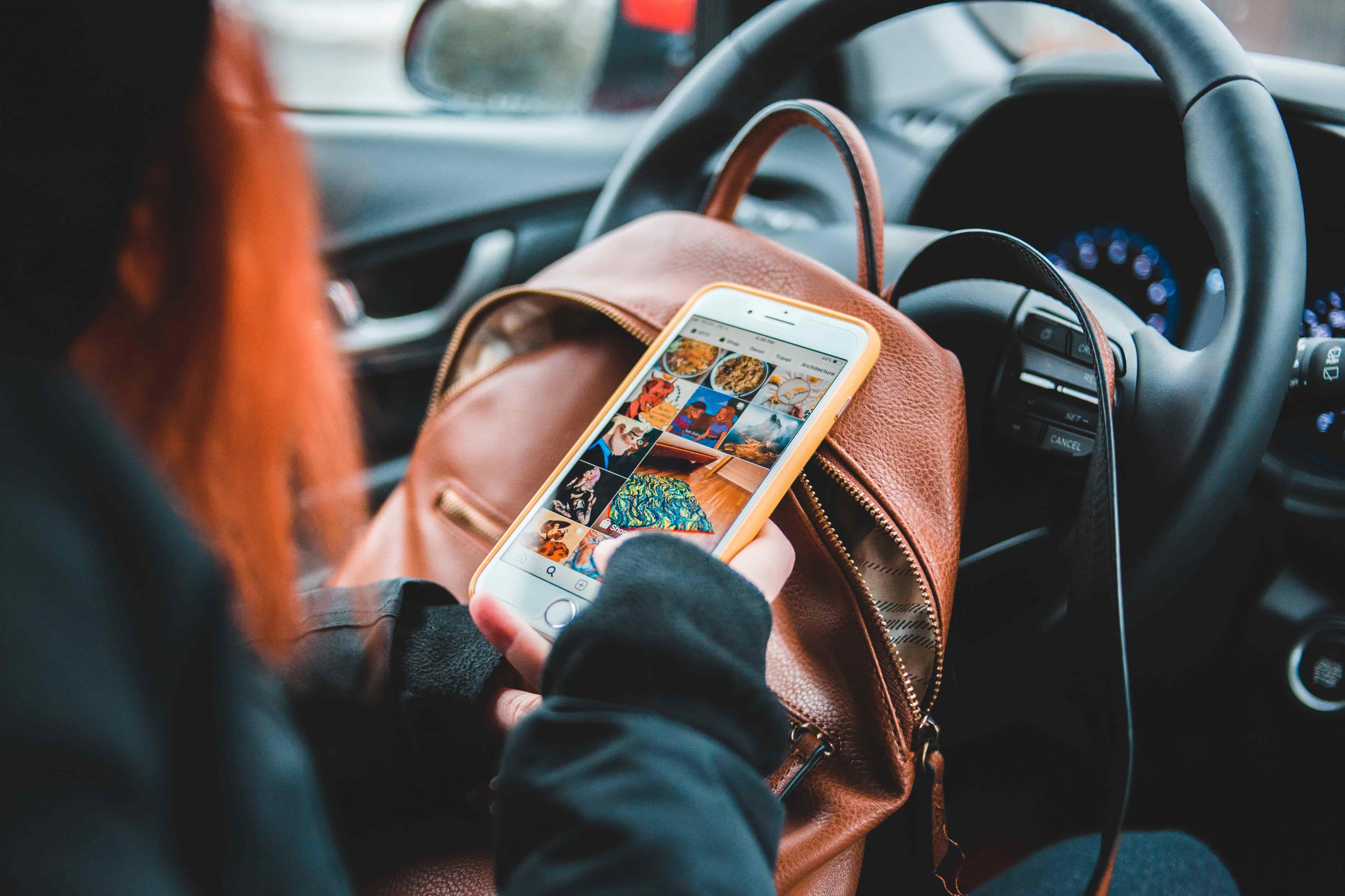 La NHTSA annonce qu'avril 2021 sera le mois de la sensibilisation aux distractions au volant